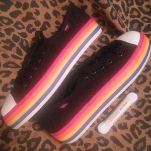ROCKET DOG 🌈 Colorful Striped SNEAKERS Like NEW